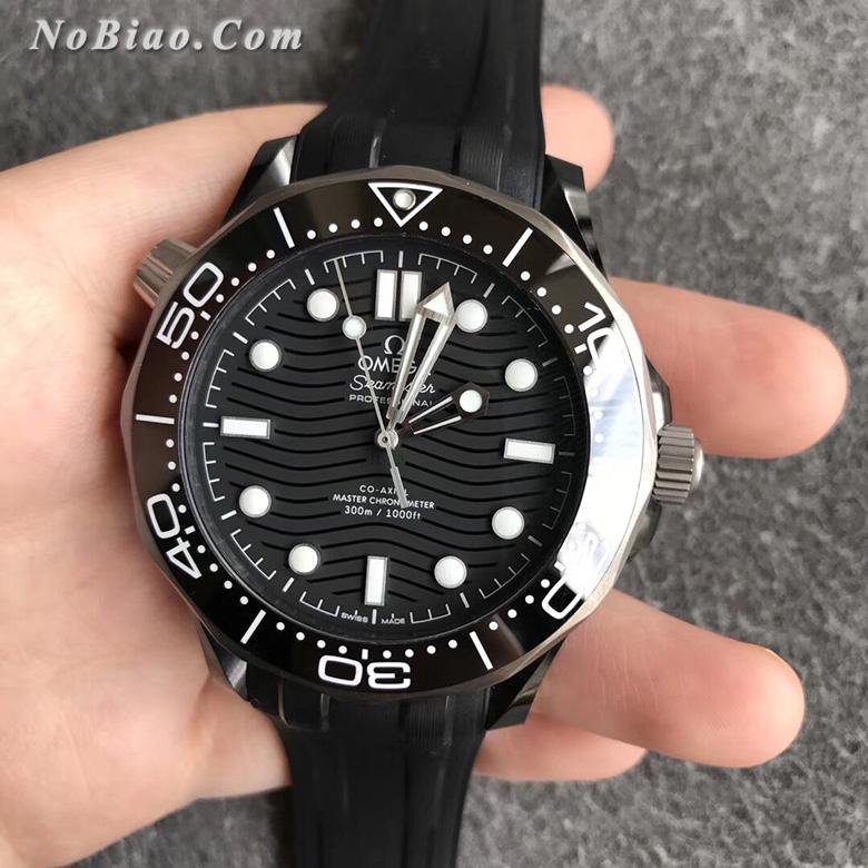 """欧米茄""""CK2998""""限量版复刻手表"""